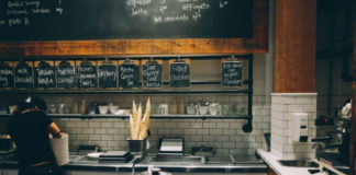 Ways to Reduce restaurant Labor Costs in the Restaurant Business