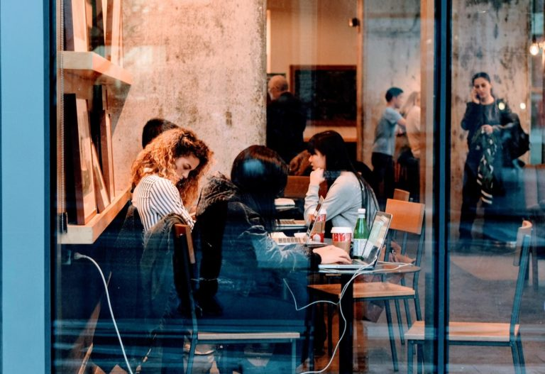 5 Handy Marketing Tips for Restaurants to Attract the Millennial Generation