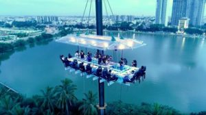 experiential restaurants hanging restaurant